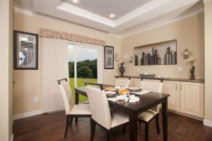 4c - Dining room_landscaped