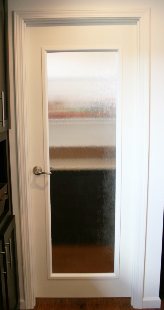 Frosted glass pantry door lowes frosted glass pantry door for Glass pantry door home depot