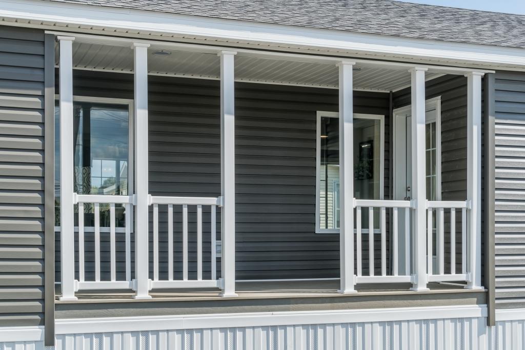 Composite porch decking colony homes for Composite porch decking